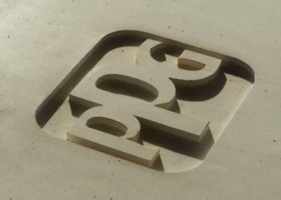 Logotipos en hormigón